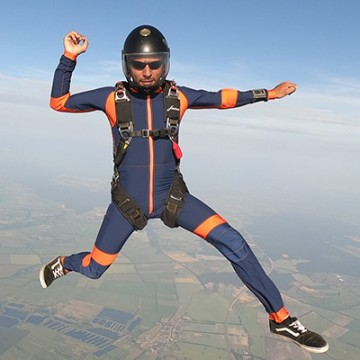 indoor-outdoor-suit-freefly-flow